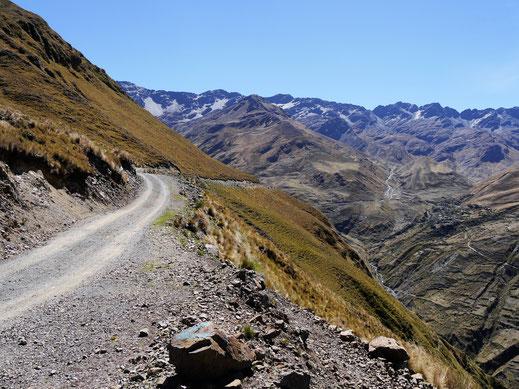 Unser Vorschlag Nr. 4: Trekking auf der Nasa Cara, Cordillera Real, Sorata, Bolivien (Foto Jörg Schwarz)