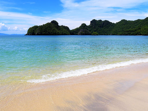 Strand bei Tanjung Rhu, Langkawi, Malaysia (Foto Jörg Schwarz)