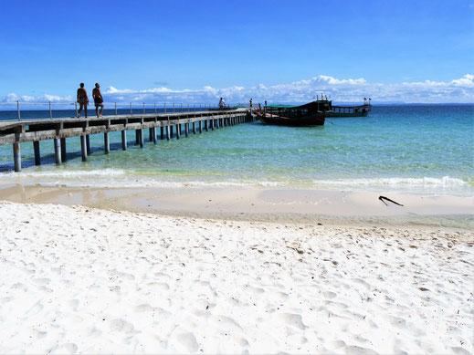 Der Pier vom Coconut-Beach, Koh Rong, Kambodscha (Foto Jörg Schwarz)