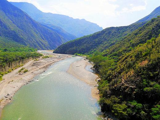 Tolles Gefühl über dem Fluss Chicamocha zu schweben... Aratoca, Kolumbien (Foto Jörg Schwarz)