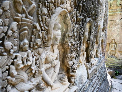 Die Wände sind voll von Asketen, Preah Khan, Kambodscha (Foto Jörg Schwarz)