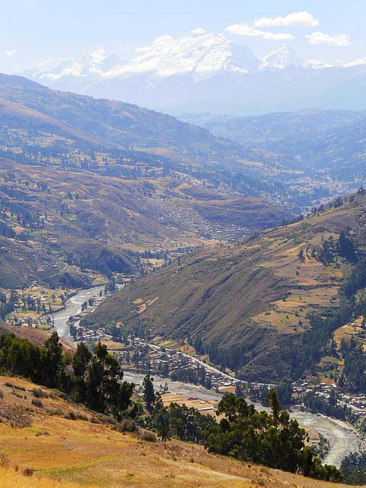 Blick zurück in Richtung Huaraz, Huaraz, Peru (Foto Jörg Schwarz)