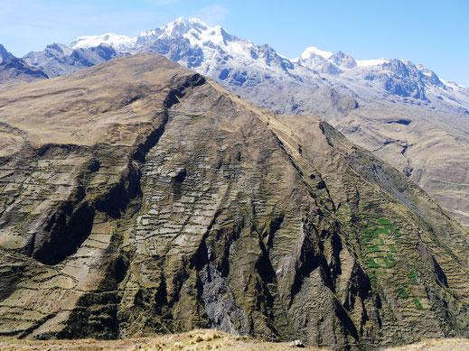 Es geht aus alpinen Höhen abwärts in die Niederungen Soratas, Cordillera Real, Bolivien (Foto Jörg Schwarz)