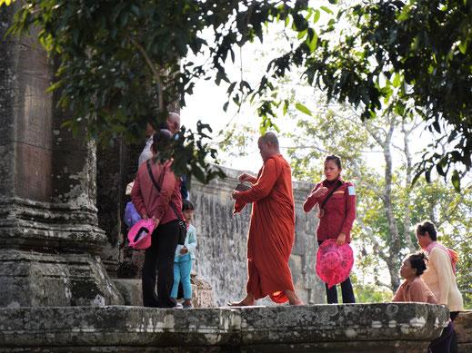Noch heute ist das Areal ein Ort ritueller Handlungen... Prasat Preah Vihear, Region Preah Vihear, Kambodscha (Foto Jörg Schwarz)