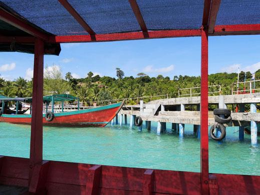 Leuchtende Farben in tropischer Umgebung: Coconut-Beach, Koh Rong, Kambodscha (Foto Jörg Schwarz)