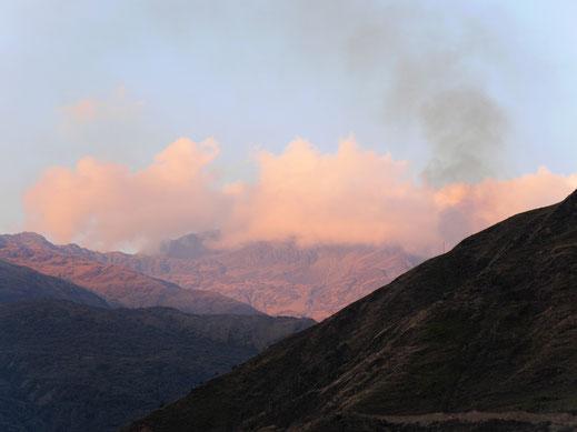 Am Vorabend bereits macht die Bergwelt Freude... Sorata, Bolivien (Foto Jörg Schwarz)
