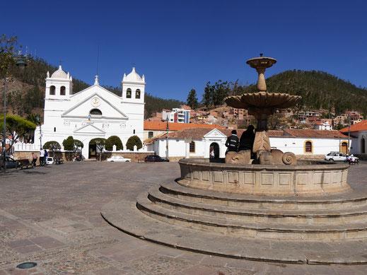 Ganz oben über der Stadt bei der Kirche Santa Ana, Sucre, Bolivien (Foto Jörg Schwarz)