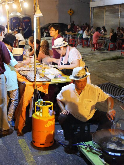 Reismehlpfannküchlein mit Shrimps und Nüssen, George Town, Penang, Malaysia (Foto Jörg Schwarz)