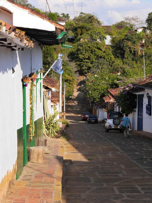Am Rande der Stadt wird es grün und man hat fantastische Wandermöglichkeiten in der Umgebung, Barichara, Kolumbien (Foto Jörg Schwarz)