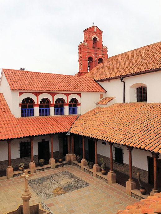 Einer der Kreuzgänge im Convento de Santa Teresa, Potosí, Bolivien (Foto Jörg Schwarz)