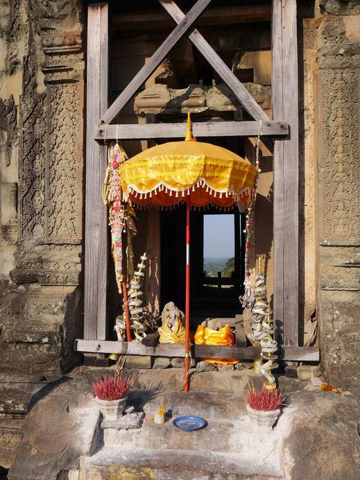 Sowohl von Einheimischen als auch Touristen häufig besucht... Phnom Bakheng, Kambodscha (Foto Jörg Schwarz)