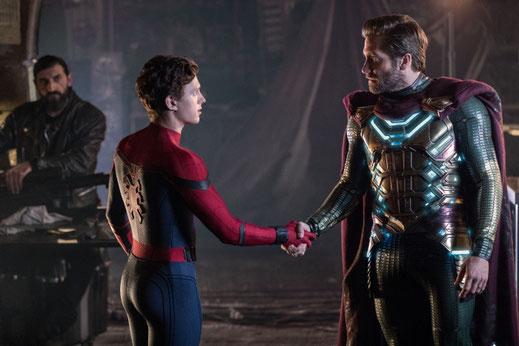 Spider-Man Far From Home Film Review FANwerk Deutsch Kritik Rezension MCU Marvel Avengers Endgame Mysterio Nick Fury