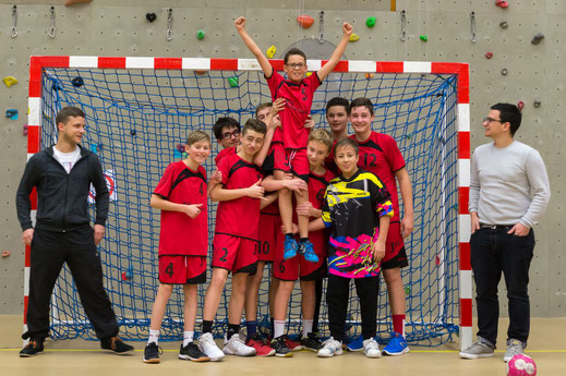 autre photo originale des 15 ans garçons de la JA Isle Handball