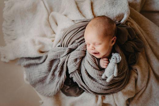 Newborn photosession in Berlin, Newborn baby Photoshoot in Berlin, фотосессия новорожденных Берлин, Лена Чуйков,  Lena Feelings