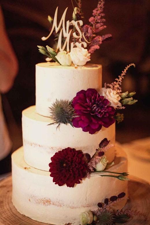 Hochzeitstorte Mrs & Mrs