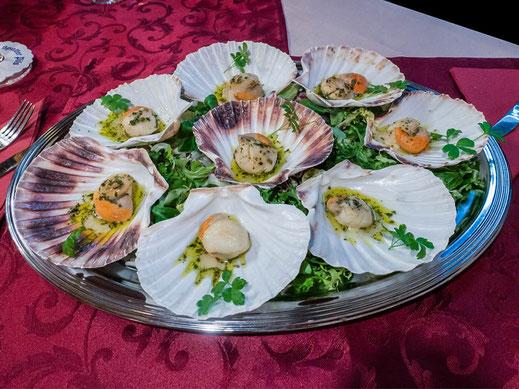 Jakobsmuscheln in Knoblauch-Olivenöl Spalt Ciao Sicilia Spalt Restaurant
