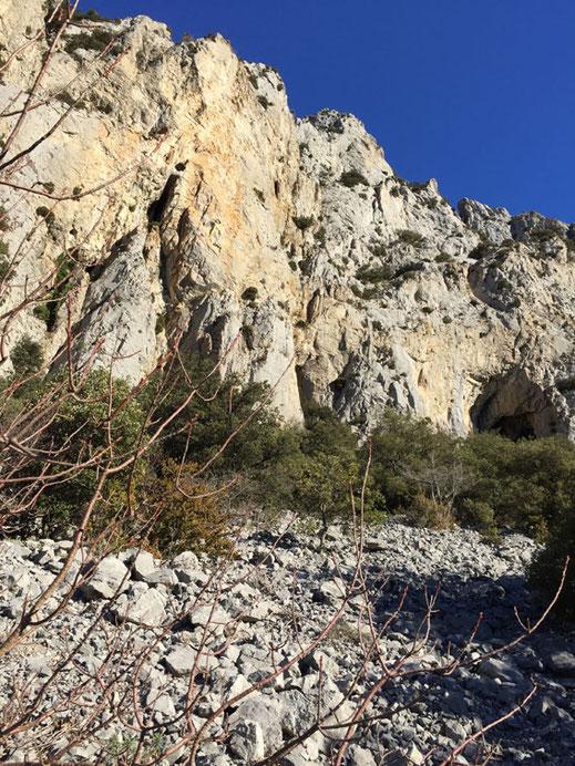 Escalade en Pyrénées Audoises – Falaise de Puilaurens