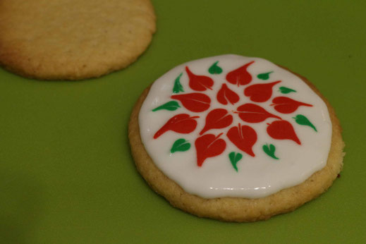 winter rose christmas pattern cookies