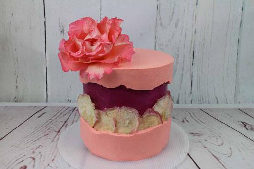 Rosen Fault Line Cake