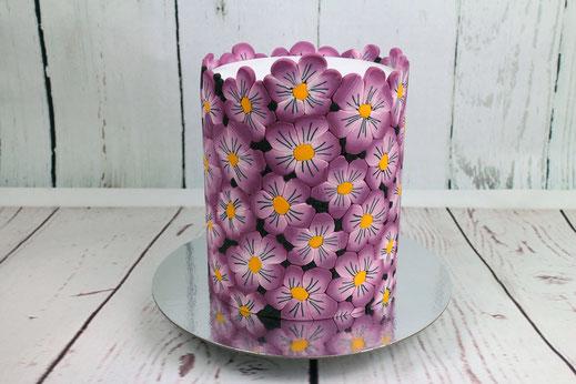 Blumen-Fondantmuster-Torte
