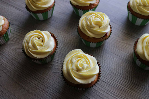 yellow plum cupcakes