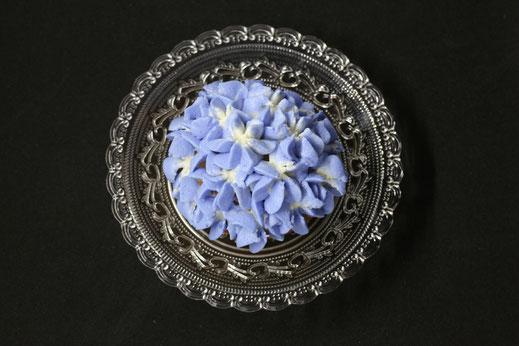 hydrangea cupcakes in light blue