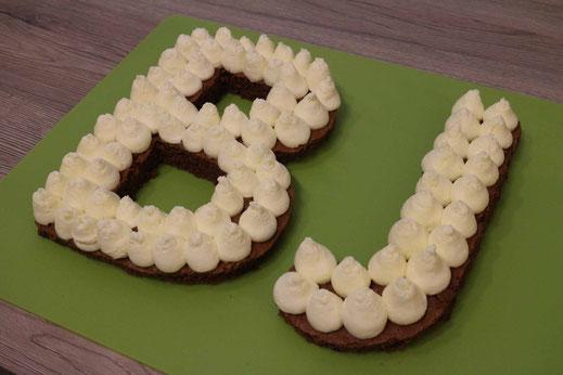 Buchstaben-Torte