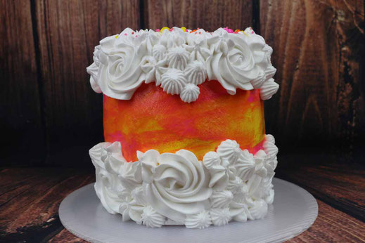 fault line cake with meringue frosting
