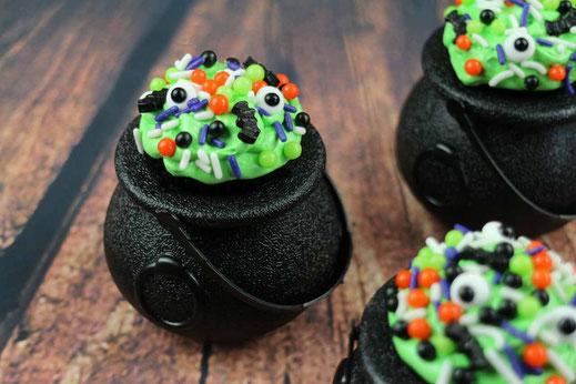 Brushstroke Cupcakes