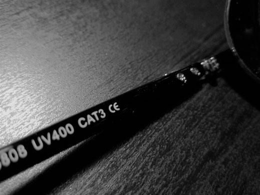 Diese Brille verfügt also über UV 400, CE Zertifikat und hat eine Kategorie 3 Tönung