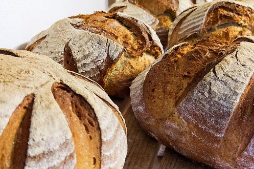 Frisches Brot aus der Hausbäckerei
