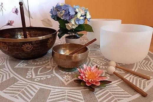 Meditation mit Klangschalen, Yvonne Ramel, Raum für Herzensklang Beinwil