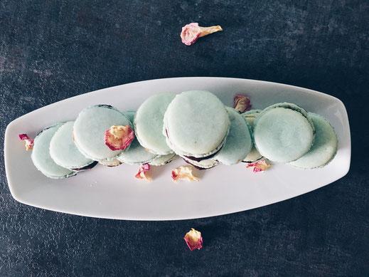 Mintfärbige Schokoladen-Macarons