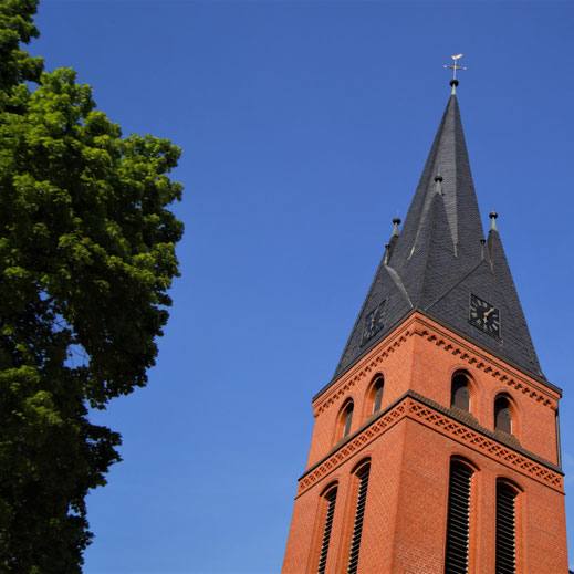 Christuskirche in Warstade