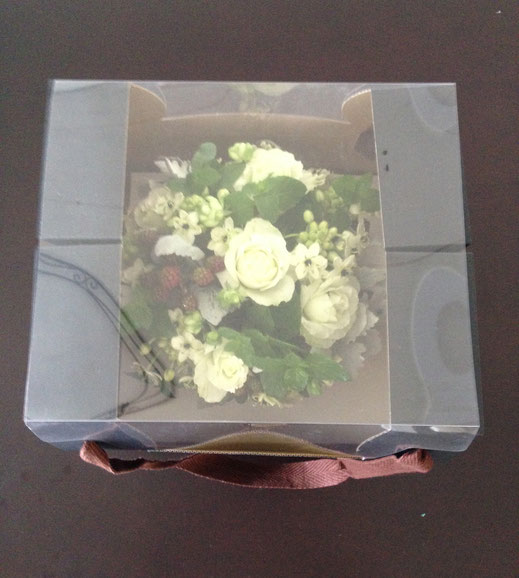 ハーブのオーダーメイドフラワー,ご注文頂いてから、ひとりひとりセラピーして,オーダーメイド致します。素敵なひとつしかない花のプレゼントになります。