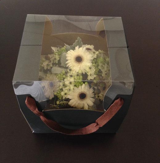 素敵なひとつしかない花のプレゼントになります。