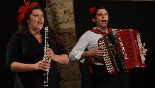 Pascale et Fanny Rambeau pour le spectacle La Femme aux Os