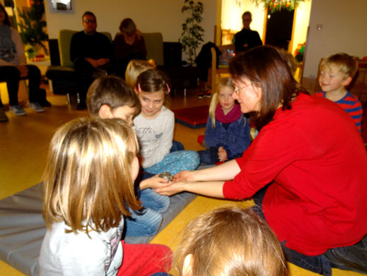 Märchen Harfe Michaela Brinkmeier Sterntaler-Harfe Märchenerzähler Harfenmusik Kindergarten Kreis Gütersloh