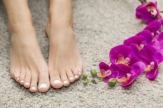 Schöne und gesunde Füße mit Fußpflege bei Heidi Schwaiger in Salzburg