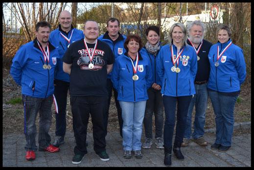v.l.n.r.: Markus, Helmut, Fabian, Stefan, Conny, Lolita, Monika, Günter und Sandra