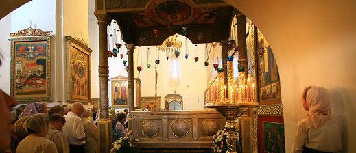 Варлаам Хутынский, поехать из Петербурга, с паломниками, в Варлаамо-Хутынский монастырь, Великий Новгород, как добраться, паломничество