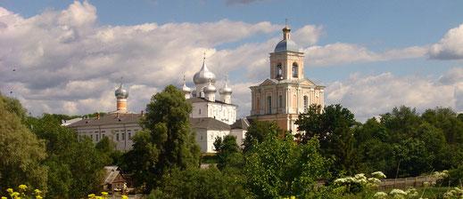 Великий Новгород, поехать, с паломниками, из Петербурга, Варлаам-Хутынский, Варлаамо Хутынский, монастырь, поездка в выходные