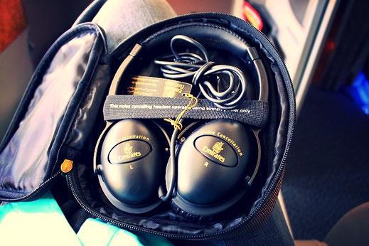 emirates headphones