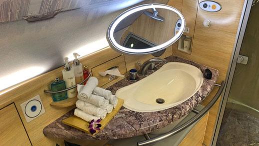 A380 spa shower
