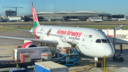 Kenya Airways 787-8