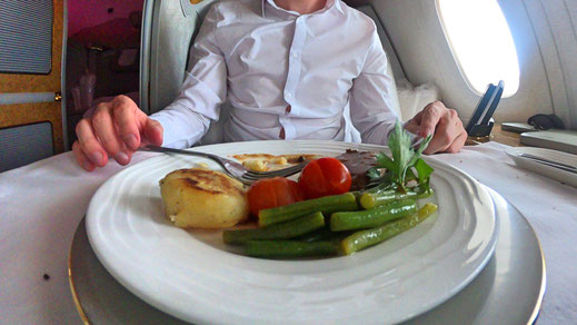Emirates First Class food