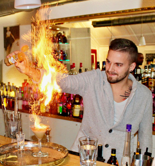 Fire Cocktail in der Barschule Zürich