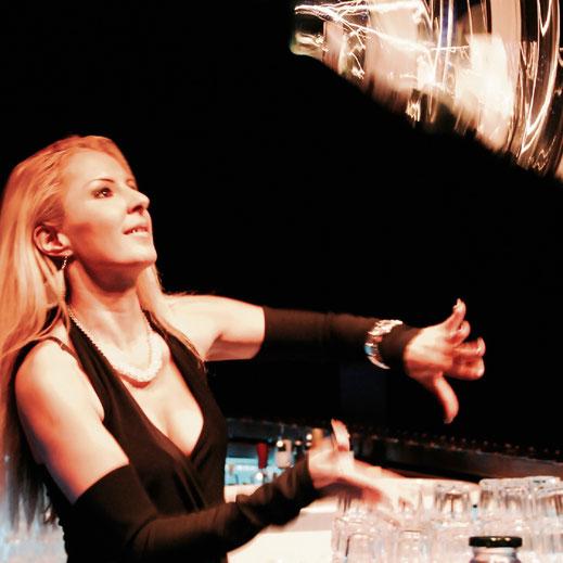Liane Arnold  am showmixen Barschule Zürich