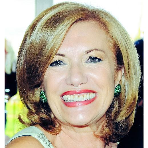 Patrizia Bove, autrice di L'infinito di stelle per la raccolta A porte chiuse