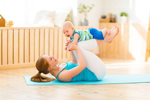 Hatha Yoga mit Baby Präventionskurs bei Yamida - Yoga und Meditation in Lüdinghausen